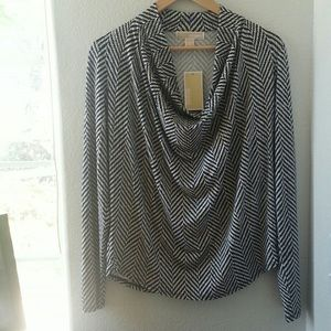 Michael Kors NWT great drape top.